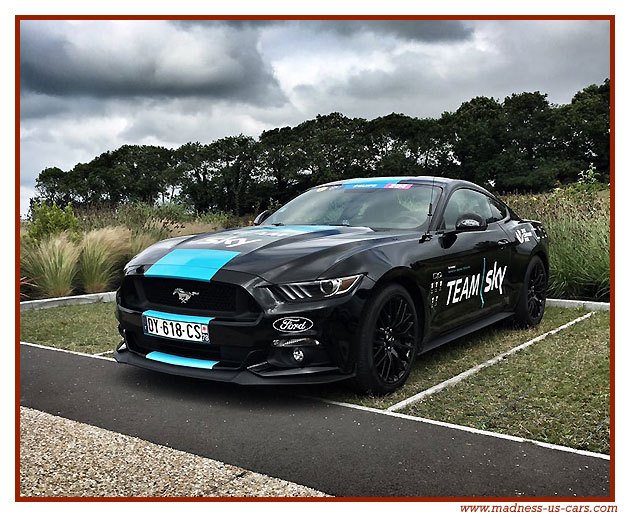 ford mustang au tour de france 2016. Black Bedroom Furniture Sets. Home Design Ideas