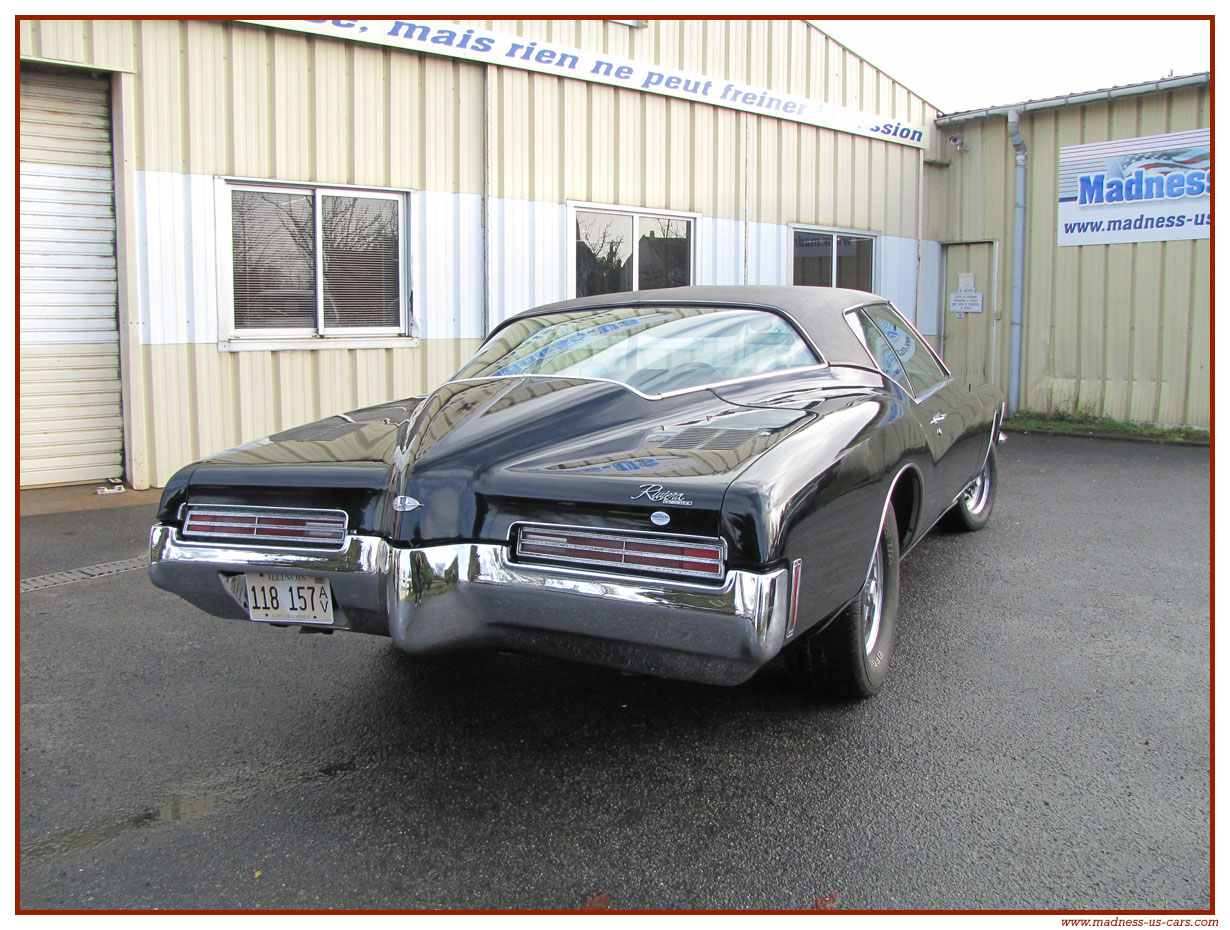 Buick Riviera 1971 Boat Tail