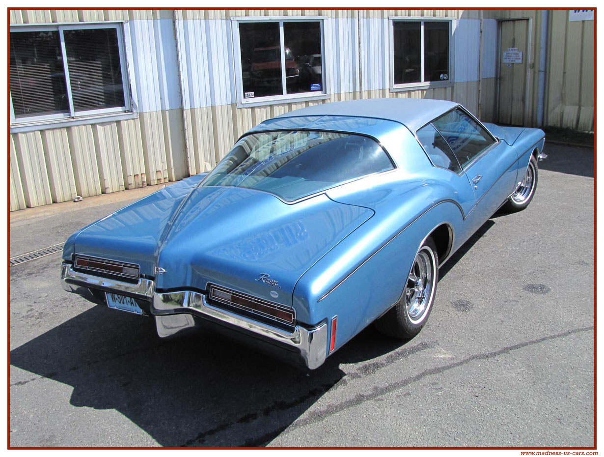 Buick Riviera 1972 Boat Tail